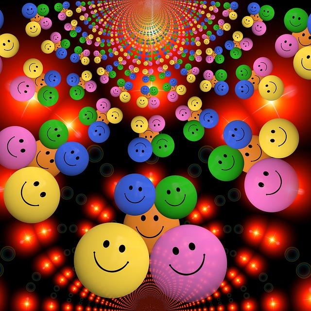 Caritas sonrientes de colores